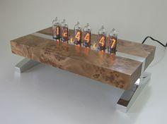 Vachead - Nixie Tube Clock