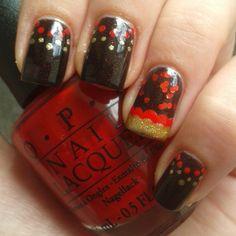 Frisch gepunktet! #WM14 #germany #essieweltmeister #frischgestrichen #notd #nail #polish #nailpolish #nagellack #nagellacke #nailart #art #nailswag #nailstagram #instanails #fashion #paint #lacquer #varnish #nailvarnish #beauty #nails #nailsofinstagram