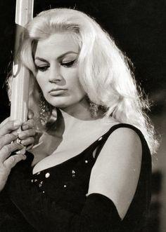 Anita Ekberg in Boccaccio '70, 1962