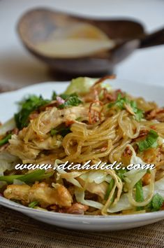 Diah Didi Kitchen, Mie Goreng, Dessert Drinks, Desserts, Indonesian Food, Indonesian Recipes, Bento, Noodles, Cabbage