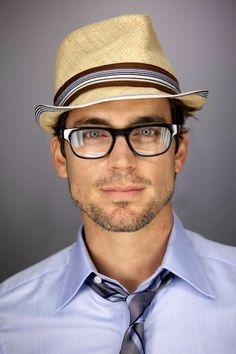 Matt Bomer wearing glasses is very sexy.