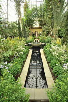 SPANISH PARADISE : GARDEN OF THE ALHAMBRAS - New York Botanical Garden , Bronx, NEW YORK CITY.    (via Flickr)
