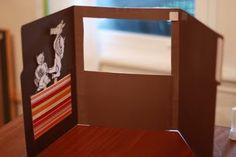 Make a File Folder Puppet Theater! - Fairy Dust Teaching, Cute for finger puppets?