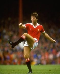 One of the coolest and classiest defenders of his era, Martin Buchan  captained man utd between His crowning glory as skipper was, without doubt,  ... d9955dfa9a