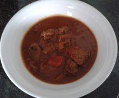 Rezept Lieblings-Gulasch (mit Hilfe des Schnellkochtopfs) von Queen-of-Castle - Rezept der Kategorie Hauptgerichte mit Fleisch