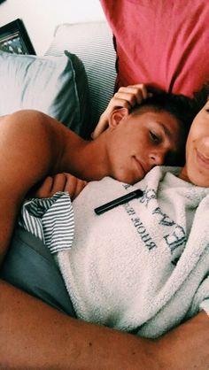 ☆ p i n t e r e s t ☆ matilde_alagoa Couple Goals Relationships, Relationship Goals Pics, Cute Couple Pics, Perfect Couple Pictures, Photo Couple, Couple Photos, Cute Pictures, Couple Things, Point Break