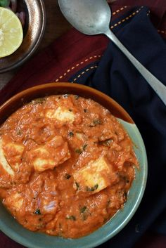 Rich and creamy side dish for bread. Cottage cheese simmered in a rich cashew based tomato gravy. Vegans can use tofu instead of paneer. Easy Paneer Recipes, Veggie Recipes, Indian Food Recipes, Asian Recipes, Gourmet Recipes, Vegetarian Recipes, Cooking Recipes, Healthy Recipes, Ethnic Recipes