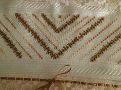 Casabella Artesanato: Toalhas de banho no ponto Ilhos