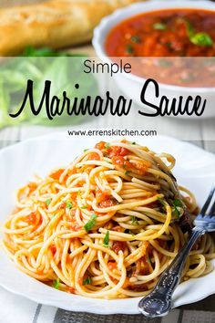 This quick and easy recipe for Simple marinara sauce goes with almost any dish, from a vegetarian pasta dinner, to a seafood dinner . This is the sauce your whole family will love! Best Pasta Dishes, Best Pasta Salad, Pasta Dinner Recipes, Chicken Pasta Recipes, Easy Pasta Recipes, Pasta Salad Recipes, Lunch Recipes, Seafood Recipes, Vegetarian Recipes