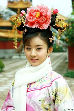 Zhao Liying in epic Huan Zhu Ge Ge Korean Traditional, Traditional Dresses, My Fair Princess, Beautiful Women Videos, Tribal Women, Sam Sam, Chinese Clothing, Chinese Culture, Hanfu