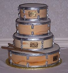 Cool Drum Wedding Cake Photo:  This Photo was uploaded by dejablue1962. Find other Cool Drum Wedding Cake pictures and photos or upload your own with Pho...
