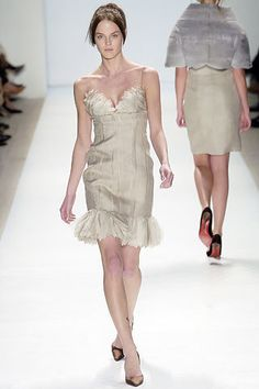 J. Mendel Fall 2005 Ready-to-Wear Fashion Show - Lisa Cant
