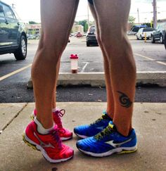 """Sole mates"" - a Cute engagement picture for a runner couple"