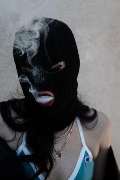 Ski mask smoker Photo by: Jordan Rey Abad Model: Victoria D. Boujee Aesthetic, Badass Aesthetic, Bad Girl Aesthetic, Aesthetic Pictures, Smoke Photography, Photography Poses, Fashion Photography, Fille Gangsta, Thug Girl