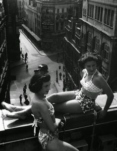 vintage everyday: Piccadilly rooftop London, 1953