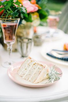 See all the delicious wedding treats with Tamara of Bake my Day on our Vendor Spotlight! Wedding Trends, Wedding Inspiration, Treats, Baking, Day, Sweet Like Candy, Goodies, Bakken, Sweets