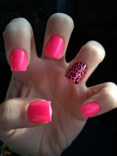 Nail love... summer nails. Minus the ugly cheetah print. Im so over animal print.