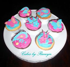 Paisley Cupcakes by CakesbyRaewyn
