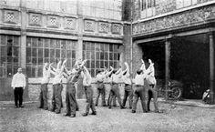 Gymnastique pédagogique. L'hôpital Anglo-Belge à Rouen. Médecins de la Grande Guerre.