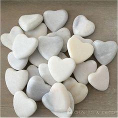 ♥+Herz+aus+Steinen,+7+St.+Marmorherz+♥+Kommunion+von+Crafts+&+Deco+auf+DaWanda.com