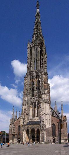 ✮ Catedral de Ulm, Alemania  Estilo Gótico