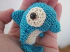crochet-baby-dolpin-amigurumi