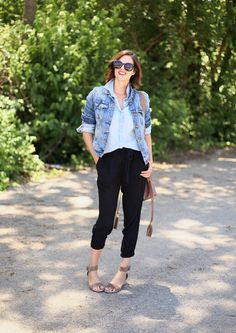Jessica Quirk layers chambray and denim with black joggers and sandals.