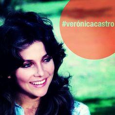 Verónica en la entrada de la película 'Guadalajara es México', grabada en 1975. #verónicacastro #cinemexicano #fotodeldia #vrocam #veronicacastro