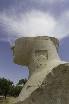 :-( Valle dei templi / Igor Mitoraj #Agrigento #Sicilia #2011