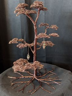 Copper Wire Crafts, Copper Wire Art, Tin Can Art, Welding Art Projects, Wire Tree Sculpture, Crotchet Patterns, Fairy Crafts, Wire Trees, Scrap Metal Art