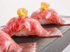 東京都内の本当に美味しい焼き肉の名店31選をご紹介します。都内の焼肉店はここだけ知っておけば間違いないと言っても過言ではないほど。ランキングというわけではありませんが、全体的におすすめ順にリストアップした永久保存版です。 Sushi Love, Best Sushi, Nigiri Sushi, Sashimi, Sushi Recipes, Cooking Recipes, Midnight Food, Food Porn, Good Food