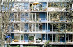 """""""Wohnen & Arbeiten » Common & Gies archtekten 2001  Pionnier en son genre, le projet « Habiter et travailler » est l´une des premières opérations en autopromotion du quartier Vauban et constitue en soi un projet-pilote d'habitat écologique."""