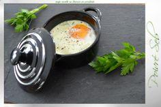 œufs cocotte au Boursin en persillade / Poivré Seb Boursin, Breakfast, Food, Pepper, Recipes, Morning Coffee, Essen, Meals, Yemek