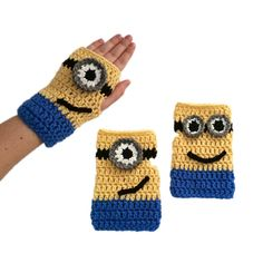Minion Mitts Fingerless Gloves ~ free pattern