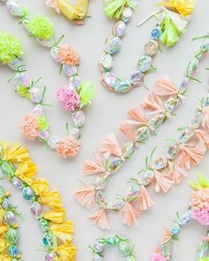 How cute are these modern candy leis that will be the perfect gift for the graduate on their big day?