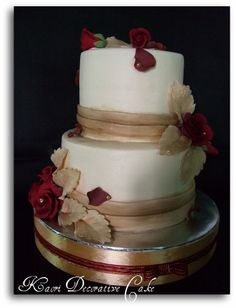 traditional wedding cakes Find a little bit of NU tradition in . wedding cake traditional wedding cakes Find a little bit of NU tradition in . Nontraditional Wedding, Unique Wedding Cakes, Wedding Cupcakes, Wedding 2015, Gold Wedding, Wedding Ideas, Wedding Stuff, Dream Wedding, Wedding Inspiration