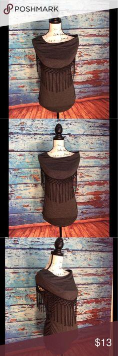 Cute gray and black off the shoulders top In great condition off the shoulders gray and black top VENUS Tops