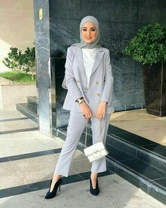 Hijab Pants Jackets Models and Combinations - Attractive Women - Work Outfits Women Modern Hijab Fashion, Street Hijab Fashion, Hijab Fashion Inspiration, Muslim Fashion, Fashion Pants, Fashion Outfits, Work Fashion, Fashion Fashion, Fashion Tips