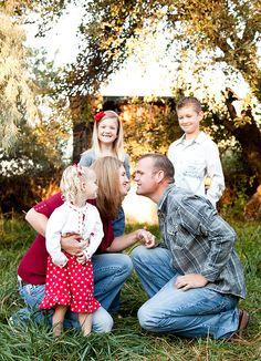 Lovely Family Photo                #photographytalk