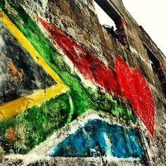 We love this shot by Pixanator! Third World Countries, Countries To Visit, Places To Visit, South African Flag, Africa Flag, Visit South Africa, Out Of Africa, City Life, Interesting Stuff