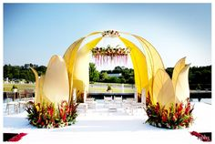 Modern mandap for outdoor Indian wedding decor ideas. Wedding Mandap, Desi Wedding, Outdoor Wedding Venues, Wedding Ceremony, Wedding Ideas, Luxury Wedding, Wedding Inspiration, Wedding Dresses, Mandap Design