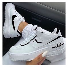 Dr Shoes, Cute Nike Shoes, Swag Shoes, Hype Shoes, Nike Air Force Black, Nike Shoes Air Force, White Air Force 1, Air Force Sneakers, Sneakers Mode