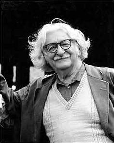 1909 - Roberto Burle Marx (São Paulo, 4 de agosto de 1909 – Rio de Janeiro, 4 de junho de 1994) foi um artista plástico brasileiro, renomado internacionalmente ao exercer a profissão de arquiteto-paisagista.