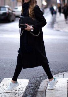 "Blog Le Style NAF NAF. Artículo ""La variedad es el gran placer femenino."" http://blog.nafnaf.com.co/archive"
