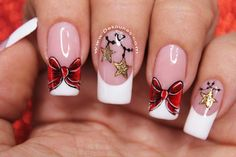 Perfect Christmas In addition to home decoration, don't forget to have a personal fashion dress. It is important not to miss making a Christmas acrylic nails. Christmas Nail Designs, Christmas Nail Art, Matte Nails, Acrylic Nails, Xmas Nails, Neutral Nails, Nail Manicure, Winter Nails, Coffin Nails