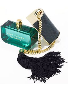 How Marc Jacobs Came Up With the Most Awesome Perfume Bottle Ever | allure.com