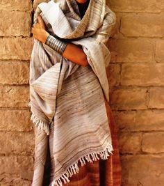 Traditionnel tissés à la main soie et par PrimitiveTribalCraft