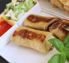Hot Dog Buns, Hot Dogs, Fresh Rolls, By, Tapas, Healthy Recipes, Bread, Protein, Dinner