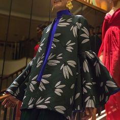 Así el #backstage del desfile de @krisgoyri durante el #MBFWMx  #Ellemx#tiedtogether  via ELLE MEXICO MAGAZINE OFFICIAL INSTAGRAM - Fashion Campaigns  Haute Couture  Advertising  Editorial Photography  Magazine Cover Designs  Supermodels  Runway Models