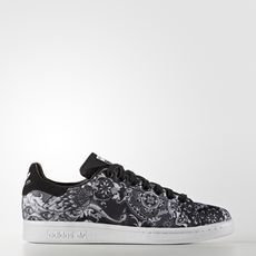 free shipping 45b31 8375e Adidas Women s Stan Smith W Originals Cblack Cblack Ftwwht Casual Shoe 10  Women US, Core Black Running White